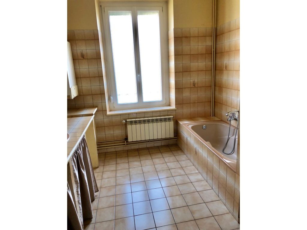 Appartement F6 Centre de DIEULOUARD